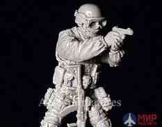 35-039 ANT-miniatures 1/35 Офицер спецназа ФСБ