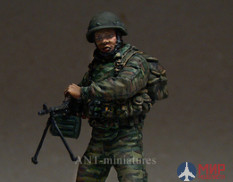 35-022 ANT-miniatures 1/35 Пулеметчик ВДВ ЮО, Август 2008г.
