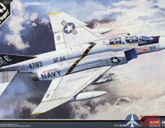 "12305 Academy самолет  F-4J ""VF-84 Jolly Rogers"" (1:48)"