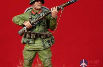 CHM-54051(M) of the Chronos Miniatures 54 mm Soldier of the red army, 1938-41. Metal