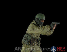 35-008 ANT-miniatures 1/35 Офицер спецназа ФСБ