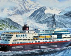 Revell 05817 1/1200 Cruise liner the Norwegian Midnatsol (Hurtigruten) MS Midnatsol