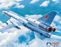 "01695  Trumpeter самолёт Soviet T-22 ""Blinder"" tactical bomber  (1:72)"